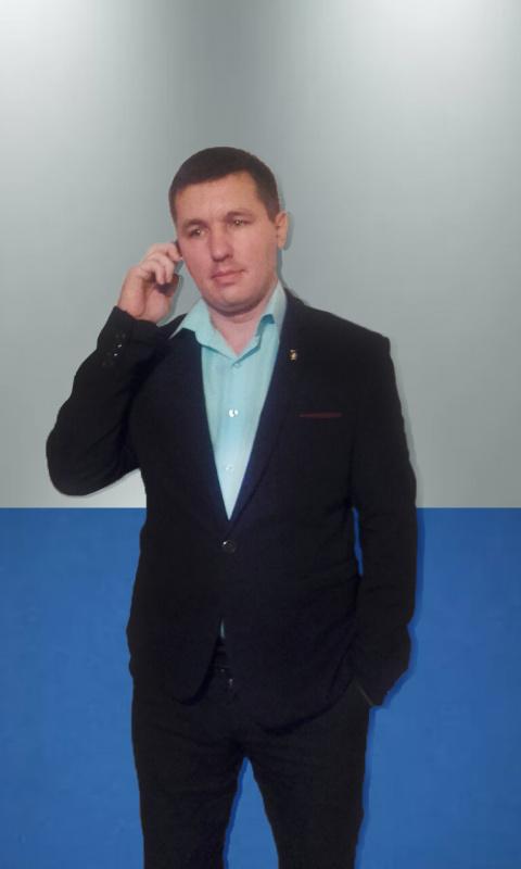 Александр Долгов
