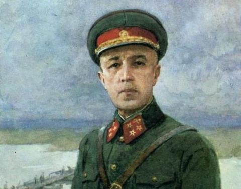 Генерал Карбышев: он не стал…