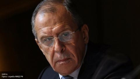Лавров заявил о вмешательств…