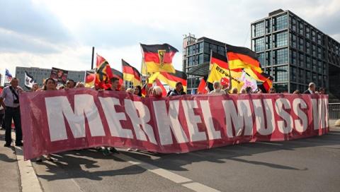 "Die Welt: ""путч"" против Анге…"