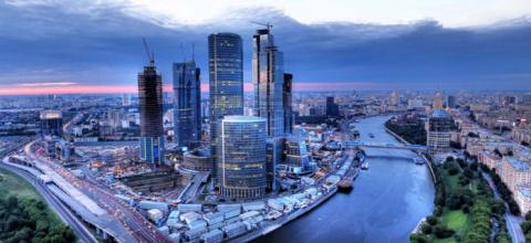 Треть всех сбережений россиян - на счетах москвичей