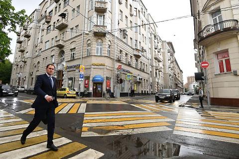 Штраф за отказ пропустить пешеходов вырос до 2,5 тысяч рублей
