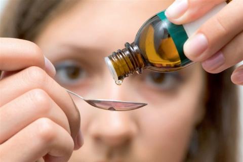 25 капель от головной боли. Мифы о макияже