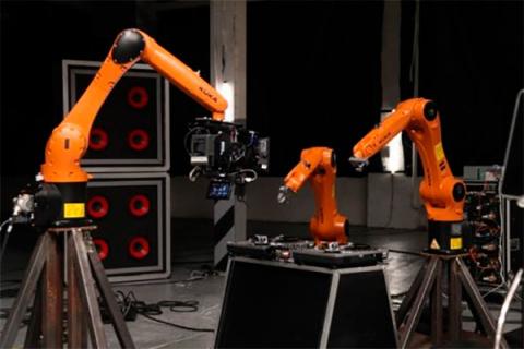 Видео дня: Роботы-музыканты показали свой первый клип