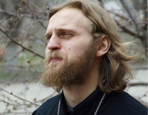 Развратный священник из «Дом…