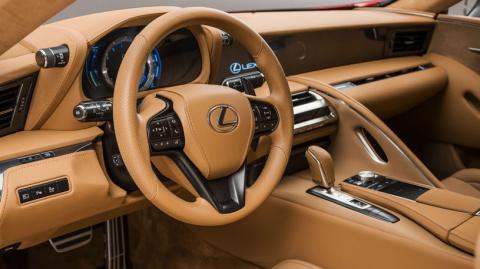 Флагманское купе Lexus LC: р…