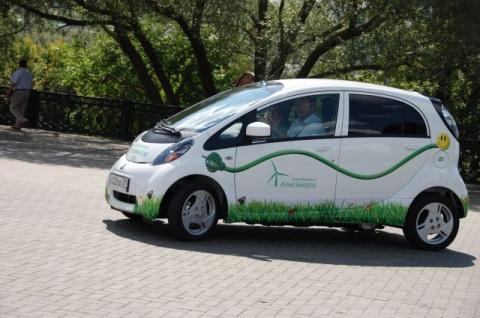 СМИ: электромобилям разрешат…