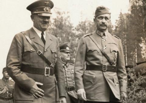 Почему Сталин лично вычеркну…
