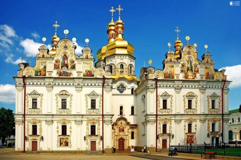 Киево-Печерская Лавра - знаменитая православная обитель Украины