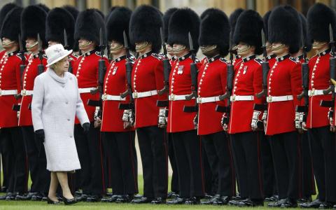 Королевская гвардия, имеющая…