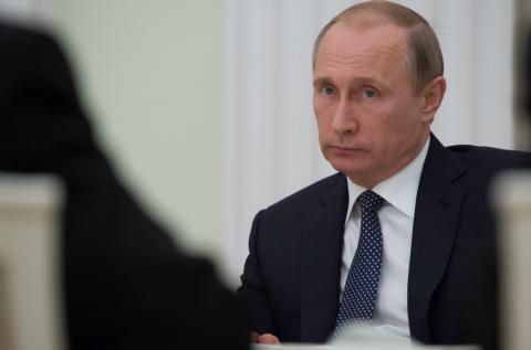 Путин уволил восемь генералов