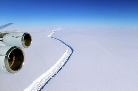 Скоро от Антарктиды отколетс…