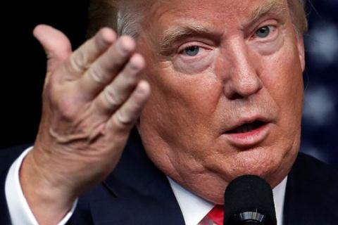 Год на посту: Трампа согнули…