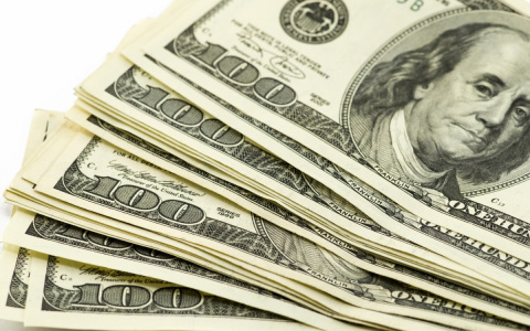 Доллар поднялся до 65 рублей…