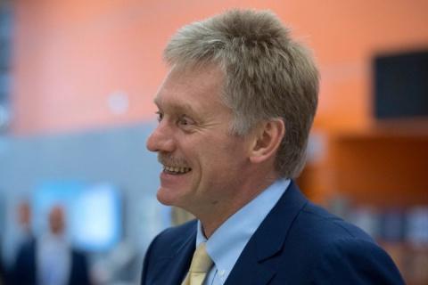 Дмитрий Песков шутит: «Я прямо из Луганска сейчас звоню»