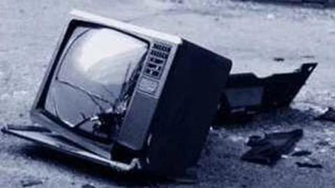За просмотр российских каналов укрокаратели разбили телевизор жителю Колесниковки