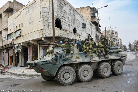 Daily Mail: 'После месяцев воздушных бомбардировок Россия хвалится ужасающими руинами Алеппо'