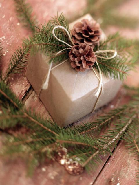 30 идей, как упаковать новогодний подарок