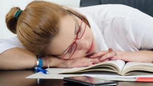 Дневной сон улучшает умствен…