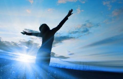 4 ПРИЗНАКА ТОГО, ЧТО ВАША ДУША ОБЛАДАЕТ ДУХОВНЫМ ОПЫТОМ ИЗ ПРОШЛЫХ ВОПЛОЩЕНИЙ