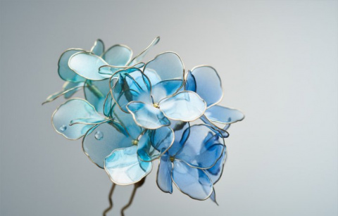 Букеты цветов из смолы и проволоки