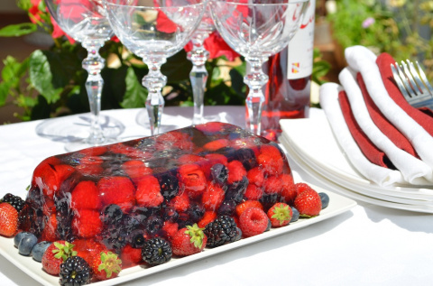 Террин из летних ягод
