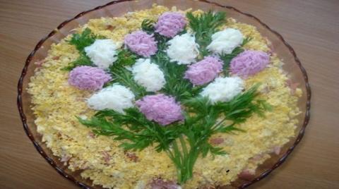 Самый вкусный слоеный салат на праздник