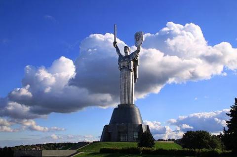 День Независимости Украина отметит военными парадами в Киеве и Одессе.