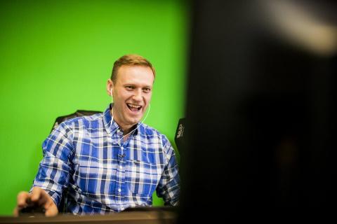 СМИ: Навальный собирает поже…