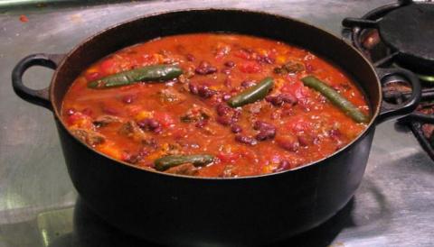 Мексиканский суп Чили Кон Карне