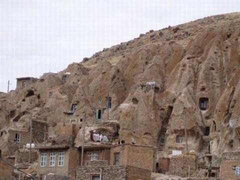 Деревня в камне