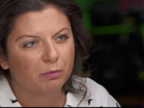 «Янепоклонник России, нонебудь лицемерным, CBS!»— пользователи обрушились скритикой наканал запредвзятое интервью сМаргаритой Симоньян