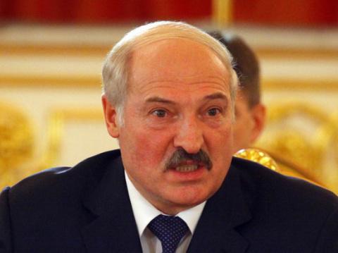 Эксперты объяснили, за что Лукашенко может заставить платить Россию