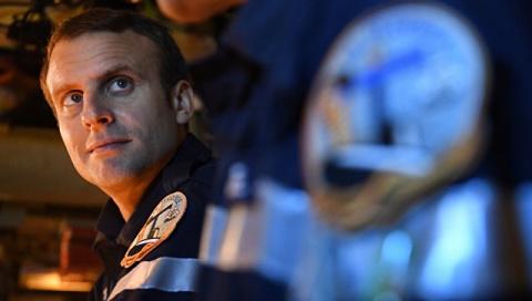 Какой Макрон не мечтает стать Наполеоном