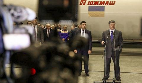 На украинском ТВ сокрушаются…