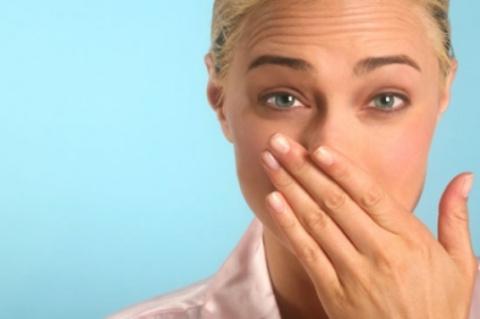Неприятный запах изо рта - к…