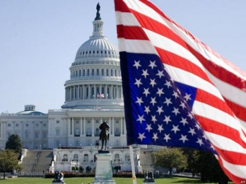 Конгресс США допросит Манафорта о связях с русскими