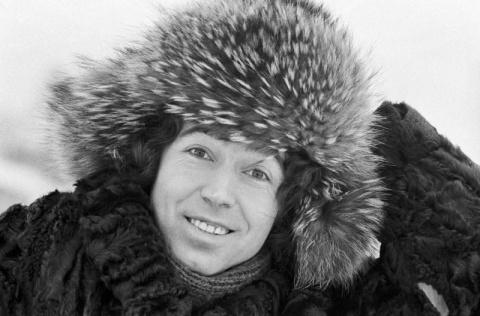 Это черно-белое фото было сделано в самом начале карьеры артиста