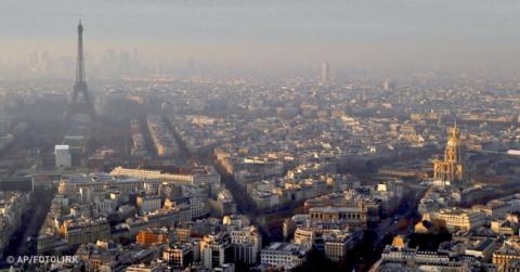 В Париже весь общественный т…