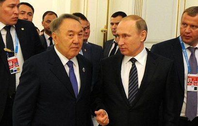 Путин и Назарбаев обсудили п…