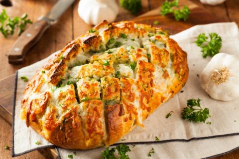 14 обалденных закусок из сыр…