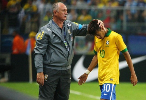 Агент Неймара: Сколари высокомерен, тщеславен и отвратителен (6 фактов, почему тренер бразильцев провалился на ЧМ)