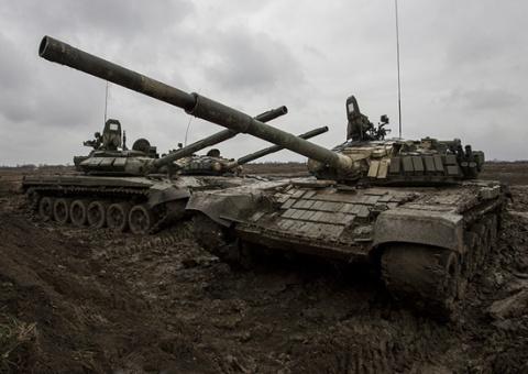 В 1-ю танковую армию ЗВО поступила очередная партия модернизированных боевых машин Т-72Б3