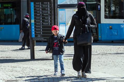 Что же  на самом деле происходит в оккупированной мигрантами Европе?