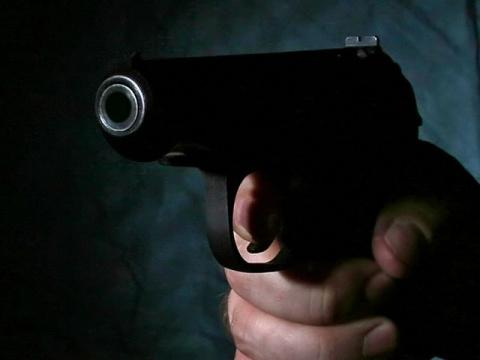 В США мужчина застрелил трех…