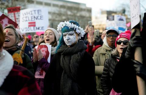 Феминистки против Трампа. Второй раунд