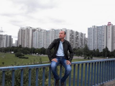 Эдуард Р Рамиров