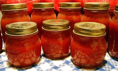 Помидоры в томатном соке по-…