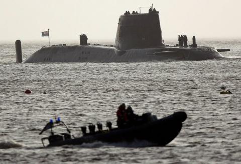 Подлодка Великобритании обстреляла берег США баллистической ракетой