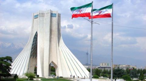 Иран потребовал США выплатит…